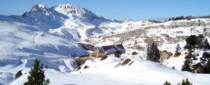 esqui-pirineo-navarro-Larra-Belagua-Pista-Ferial-c.jpg_369272544